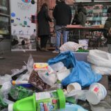 precious plastic workshop on upcycling Market